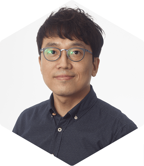 Ju Hyoung Lim Deallus Senior Manager London