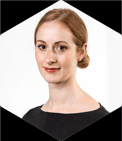 Andrea Schmetz MDA Deallus Manager in London